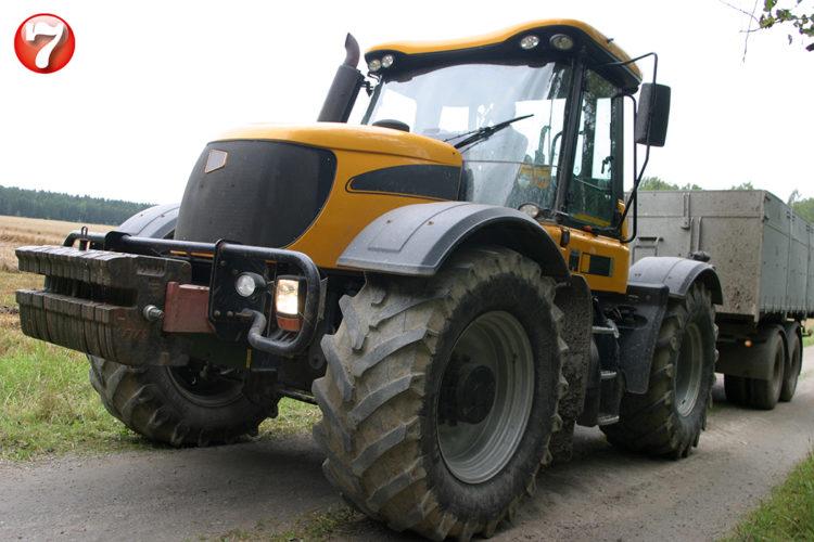 Ny traktorlucka