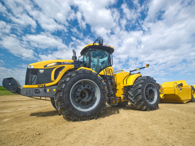 Scraper-traktor