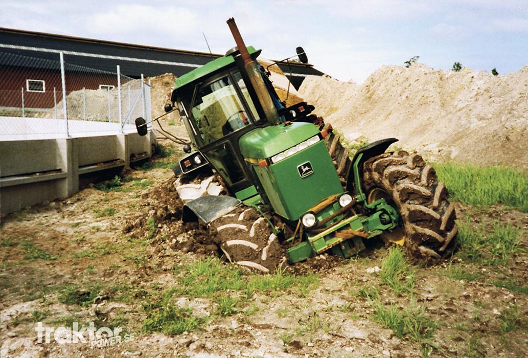 Mannen erkände sex med 450 traktorer.