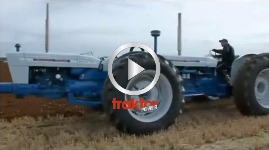 HAR DU SETT: Ford-tandem drar 8-skärigt!