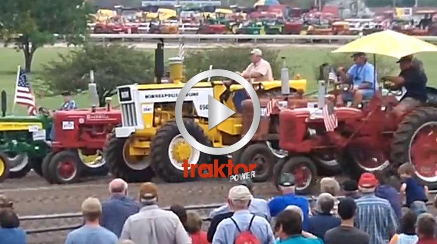 Världsrekord i traktorparad