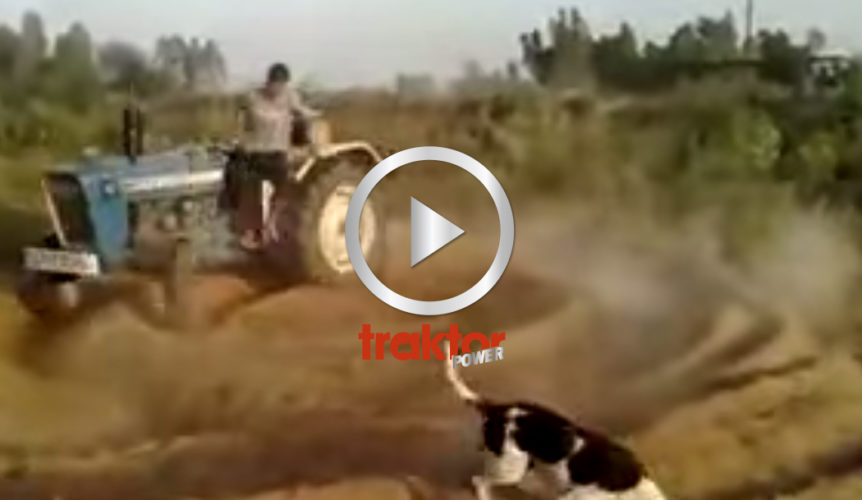 KOLLA! Han hoppar av traktorn!