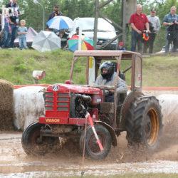 Bredsladd i traktorspeedway