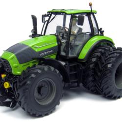 Årets traktor 2013 som modell