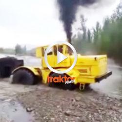 Rysk kämpe i floden!