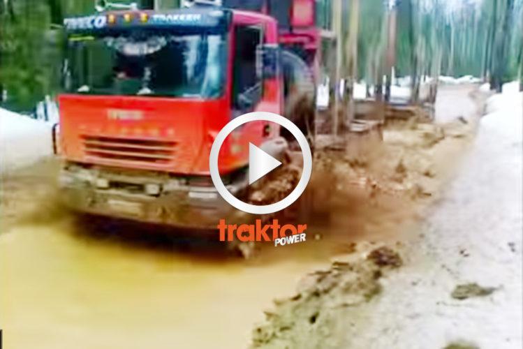 En typisk rysk skogsbilväg!!!