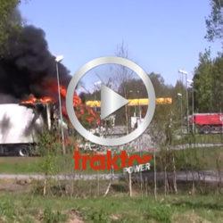 Lastbilen brinner!!!