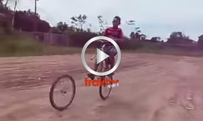 Aj, aj, aj!!! Cykelkrasch!