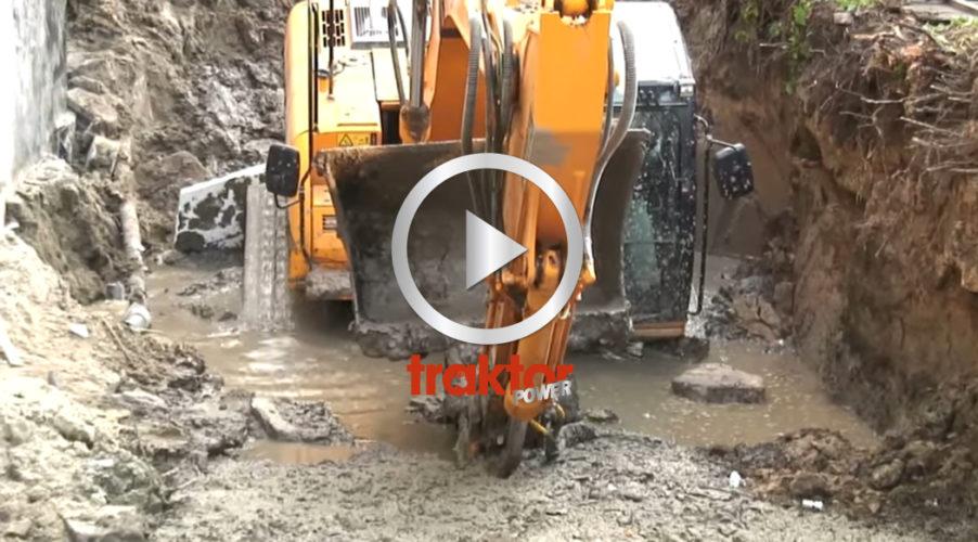 Grävare fast i hålet!!!