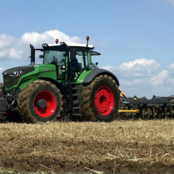 19 maskiner slåss om Tractor of the Year 2016