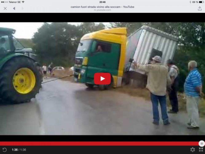 Jonne försöker rädda lastbil!