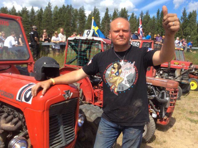 REKORD-PUBLIK på traktorfesten!