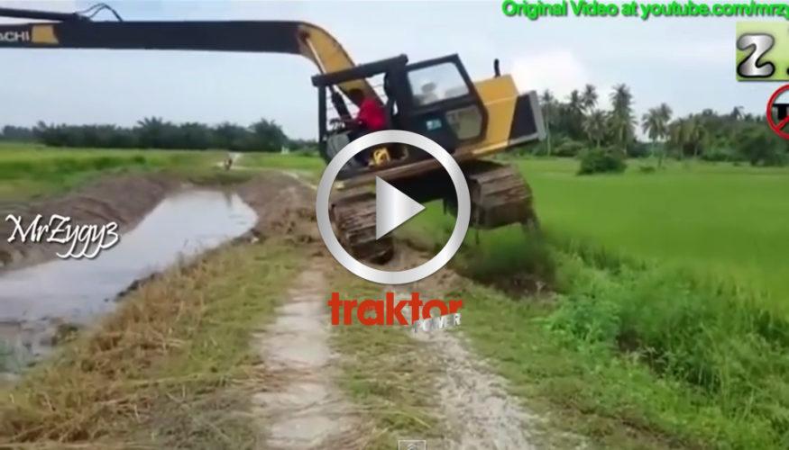 GRÄVARE rensar kanal!!!