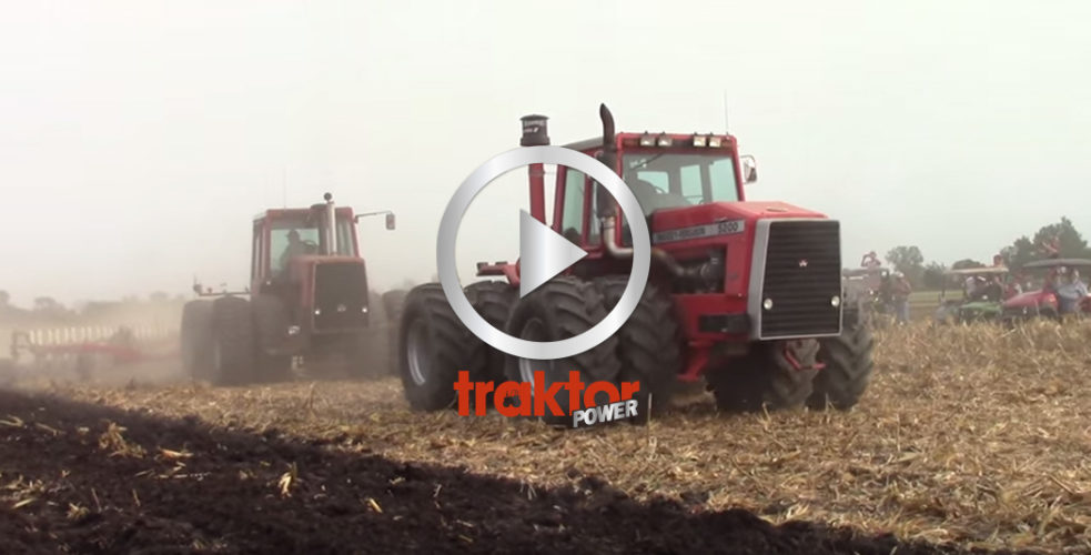 Nostalgiplöjning på mässan Farm Progress Show i Illinois, USA!