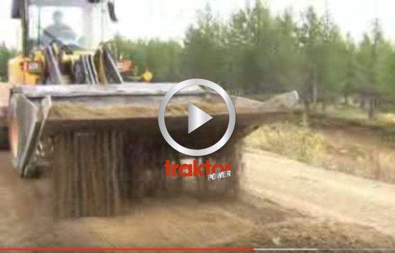 SÅ här jobbar proffsen som renoverar grusvägar!!!