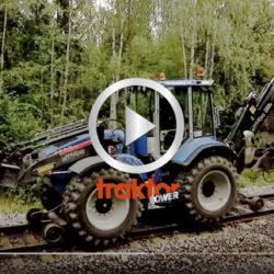 Huddig-grävaren blir lokomotiv!