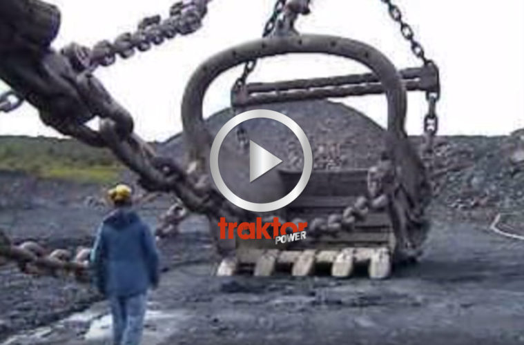 Full swing med en gigantisk kolgrävare!