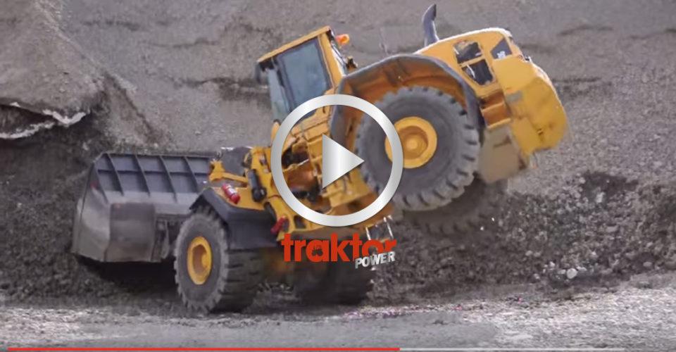 VAD GÖR DU? Så går det när praktikanten får spaka Volvo-hjullastaren!!!