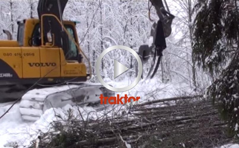 SÅ funkar den finska slyklippen som sitter i grävararmen!!!