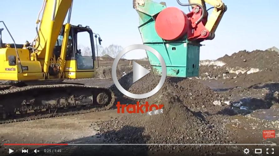 Grävarens skopa funkar som stenkross.