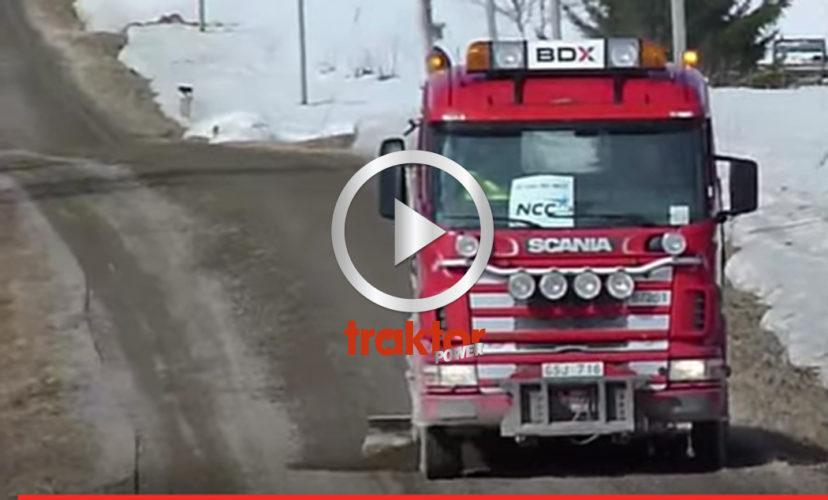 Scania R144 V8 med underbett fixar till grusvägen!