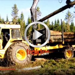 Känner du igen de gamla skogsmaskinerna?