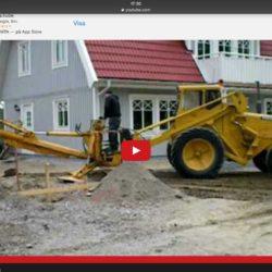 Här grävar man med BMW Volvo baklastaren.