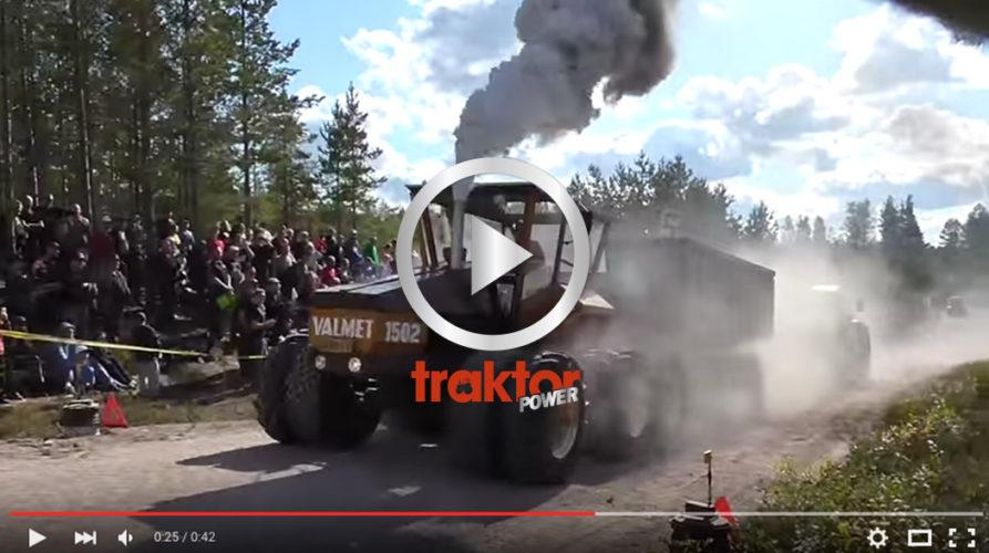 Valmets boggitraktor i finsk backracetävling!