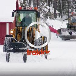 Volvo med hyveltillsats attackerar snön och isen!