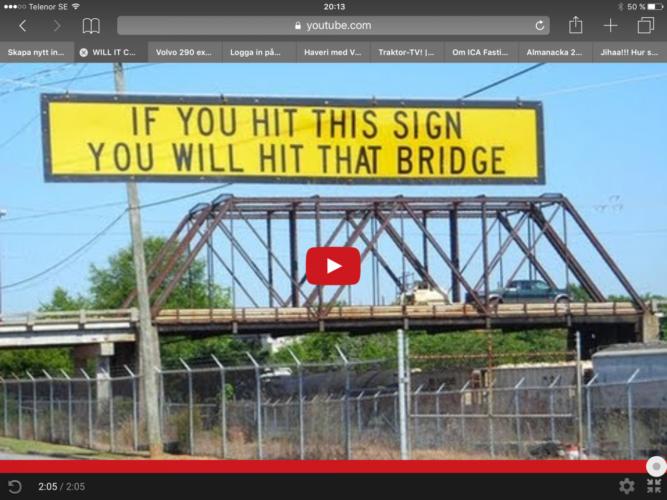 Så kraschar en buss i bron!
