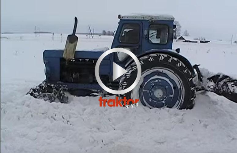 En hederlig T40 försöker röja snö!
