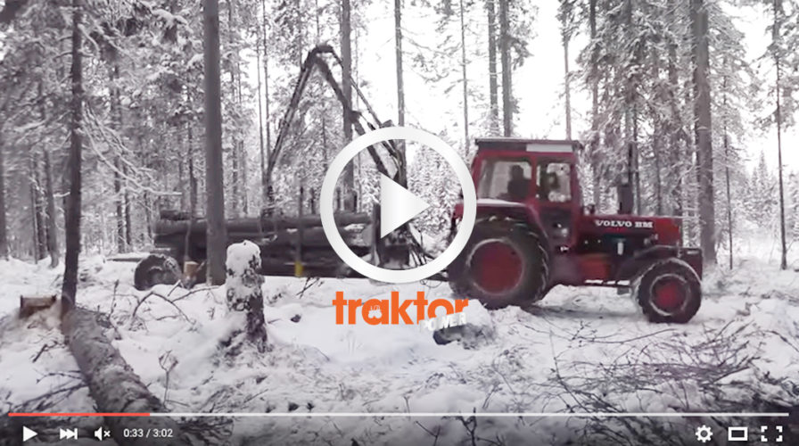 Häng med och se hur jätten Volvo BM 2654 funkar i skogen!