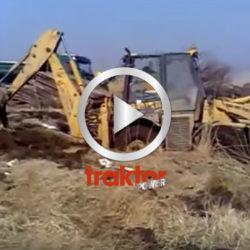 Så drar man upp en traktorgrävare som fastnat!