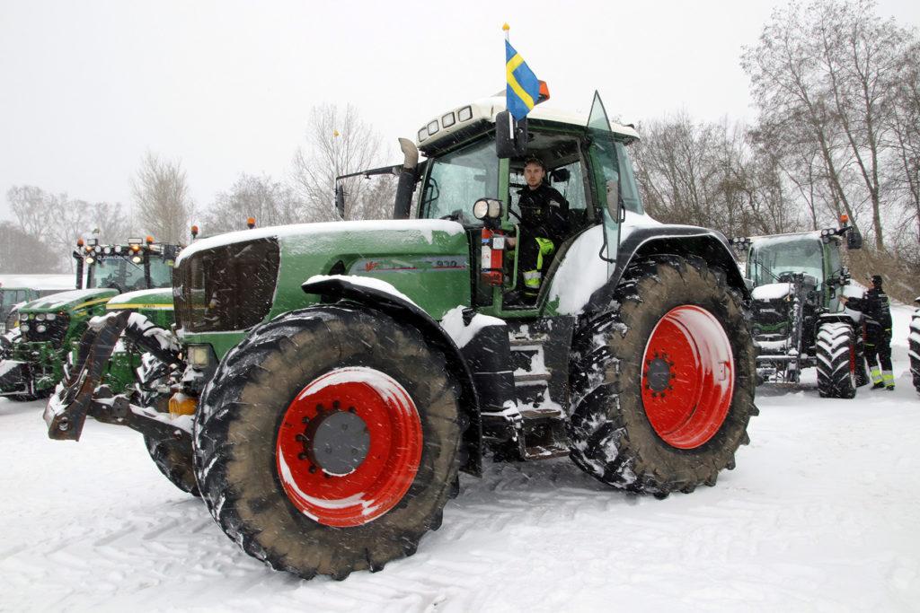 Fendt. Hampus Rosengren hade starkaste traktorn. En uppskrämd Fendt 930.