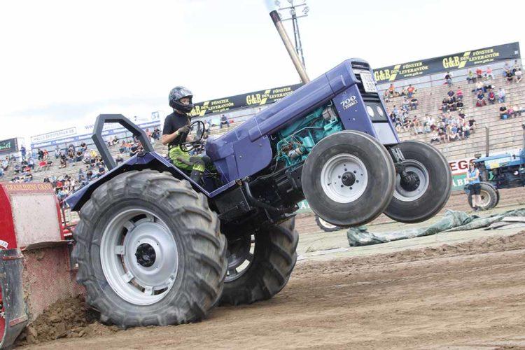 Här är programmet på Målilla Traktor Power Weekend 2017!