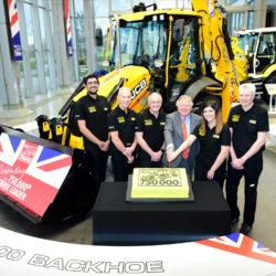 750 000 traktorgrävare tillverkade
